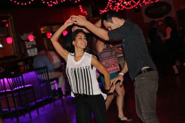 6 verschillen tussen Cubaanse salsa en LA Style