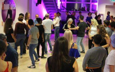 Gratis dansworkshops volgen? Kom naar de Culturele Zondag in de Union Latin Lounge