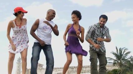 6 redenen waarom uitgerekend déze zomer ideaal is om een Latin-dans te leren